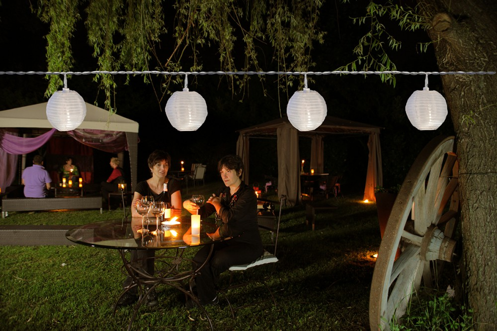 partylights 24 witte led lantaarns warm wit 7 2m feestverlichting tuin en. Black Bedroom Furniture Sets. Home Design Ideas